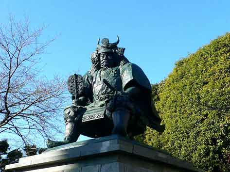 Сингэн-ко дзо - памятник Сингэну Такэда